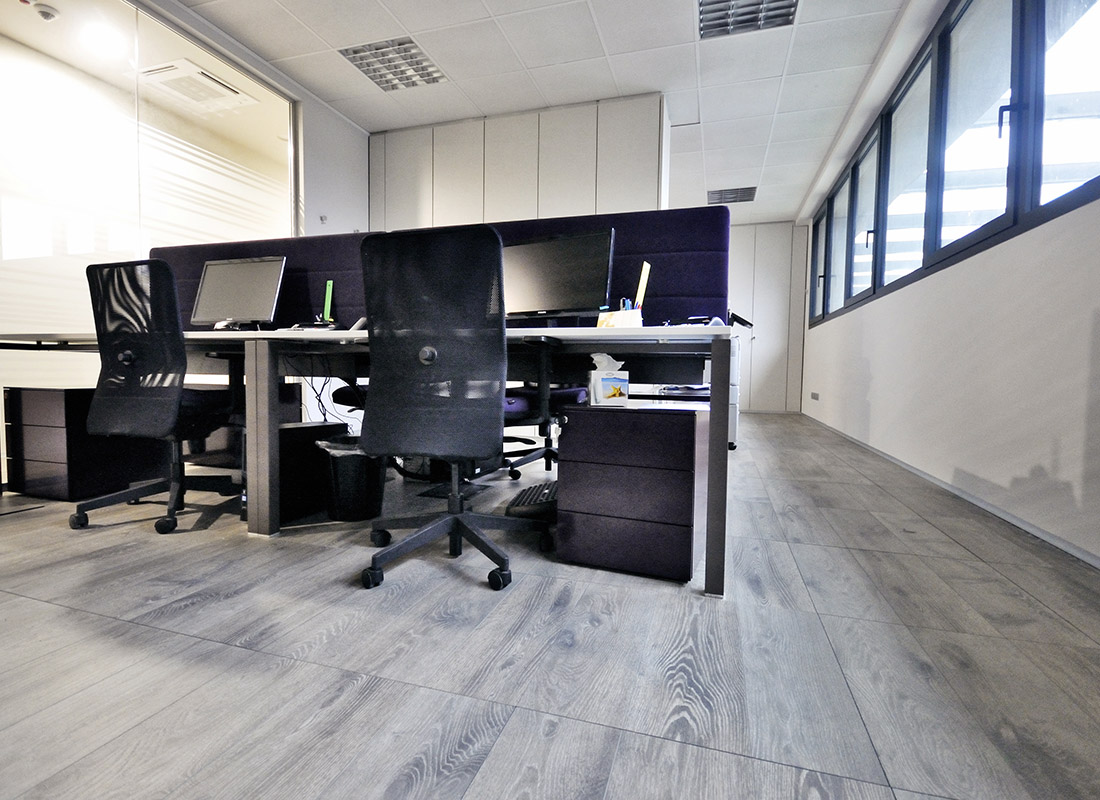 Uffici Sag Tubi con pavimento K-Uno Skema
